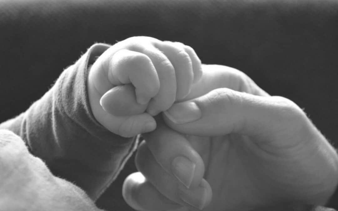 Waarom ik nooit 'geniet ervan!' zeg tegen kersverse moeders